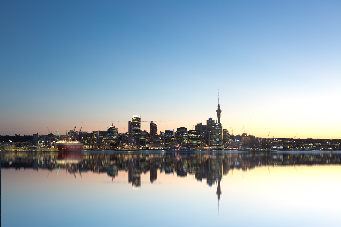 Guy_Robinson_landscape_photographer_auckland_city_reflection